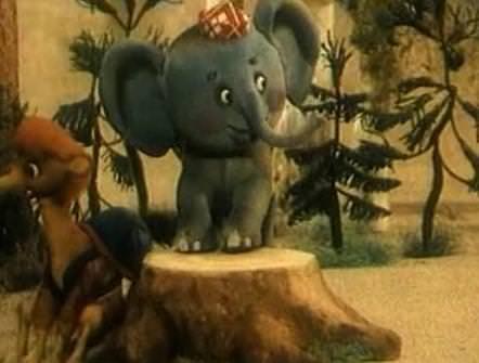 Слонёнок-турист